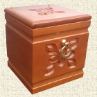 Virágos kocka urna - cseresznye
