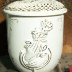 Vanda fonott urna - rózsa-kéz