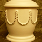 Matt urna - lánc fehér