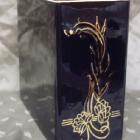 Iker dekoros fekete urna - tündérrózsa