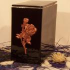 Iker urna - fekete domború rózsa