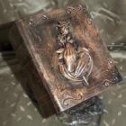 Könyv urna - bronz rózsa-kéz