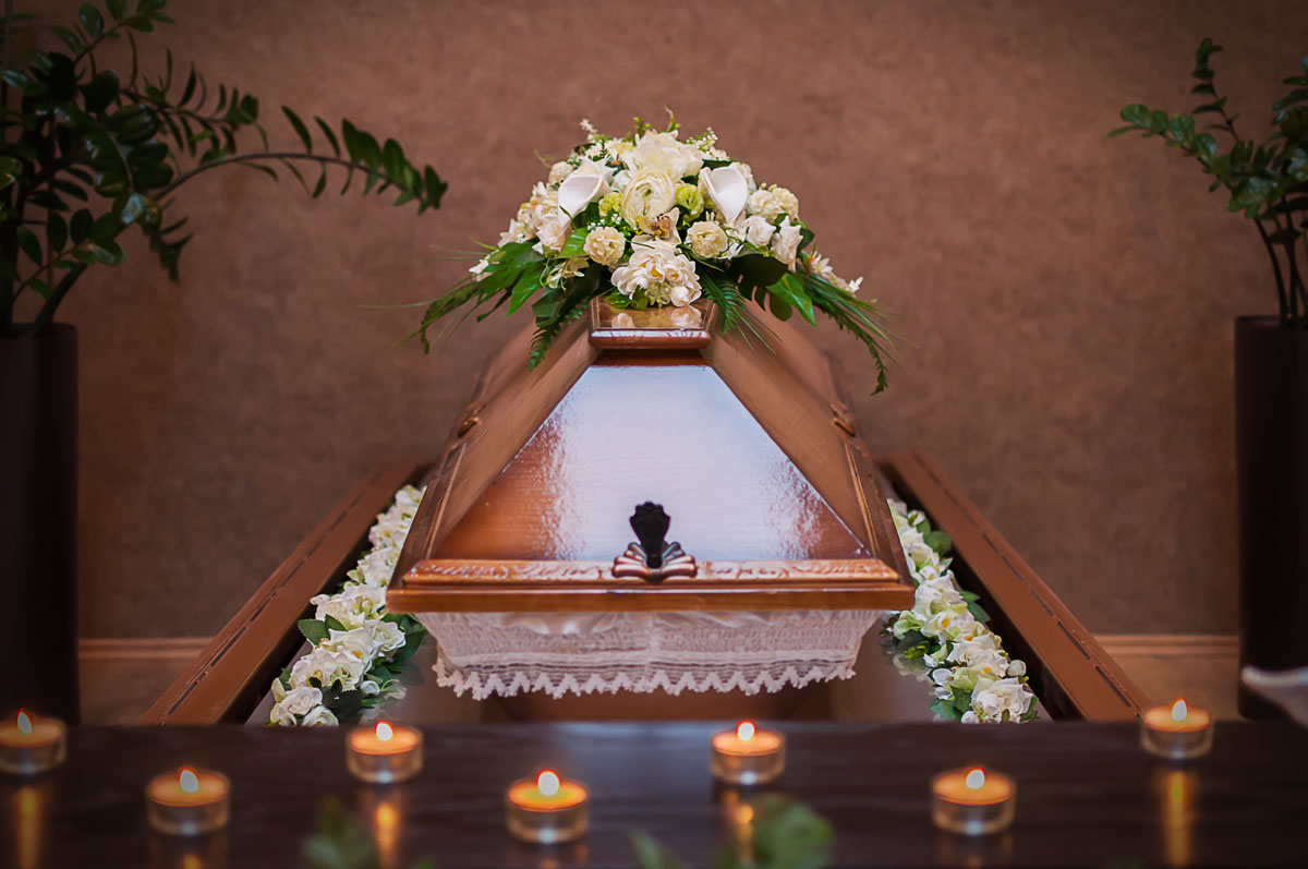 koporsos_ravatal_budapesti_krematorium